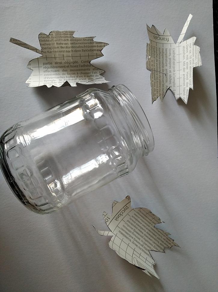 Použitá sklenice od okurek