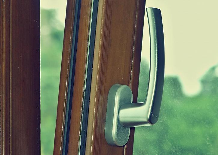 Geus_Drevena-okna
