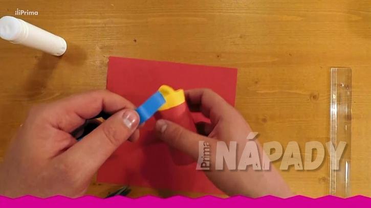 Konfetovač z papírové ruličky: nasaďte balonek