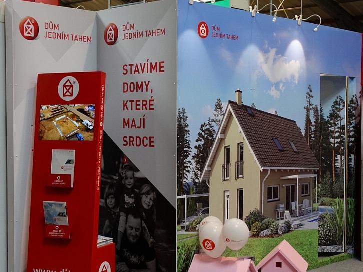 Procházka novostavbou pomocí virtuální reality na veletrhu For Arch v projektu Dům jedním tahem