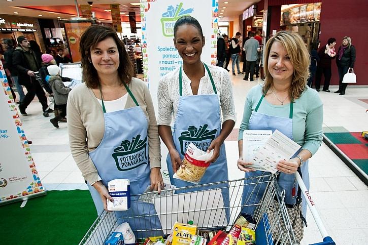 Do Národní potravinové sbírky se zapojí třikrát víc obchodů, než vloni