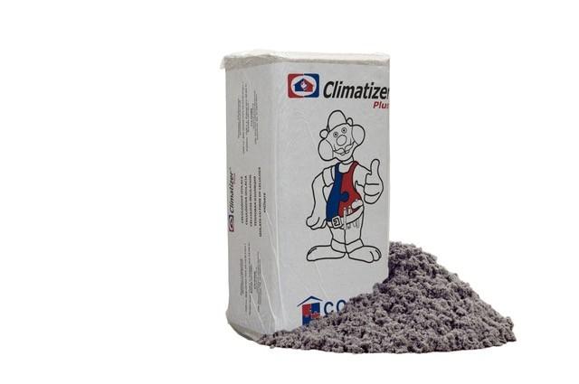 Foukaná celulózová izolace je materiál budoucnosti (Climatizer Plus).