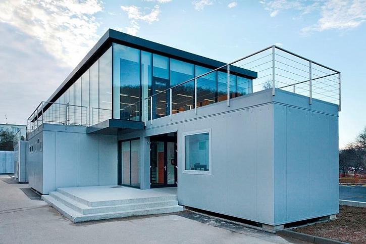Nové modulární zázemí pro zaměstnance KOMA MODULAR s materiály fermacell na podhledech, stěnách i podlahách