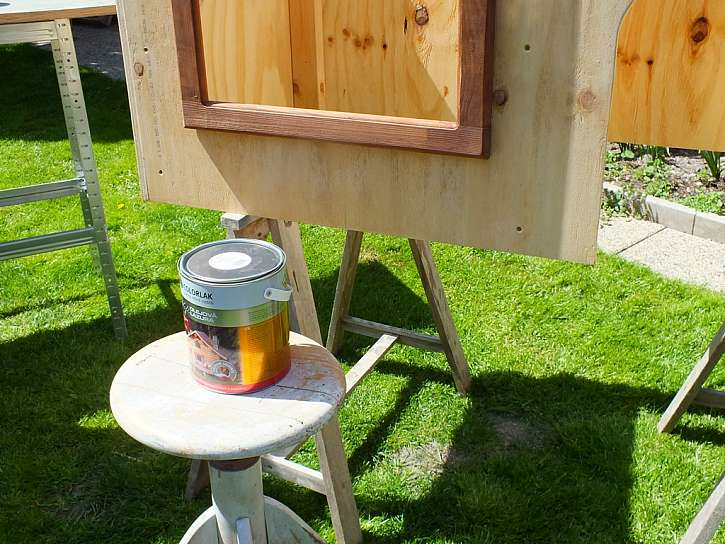 olejová lazura pro nátěr boudy