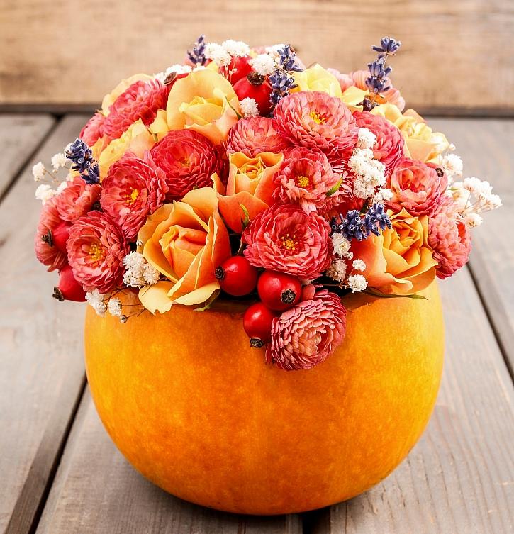 Dýně využijete i pro výrobu podzimní dekorace (Zdroj: Depositphotos)