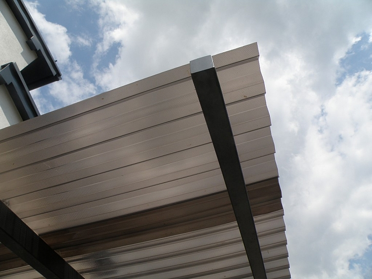Strukturované polykarbonátové desky pro všechny zahradní přístřešky