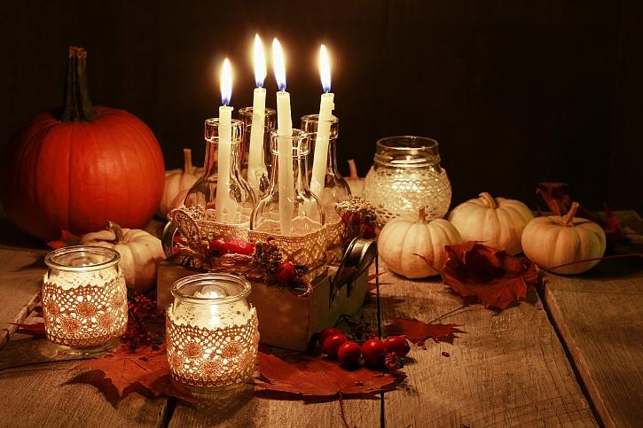Jeden svícen uzpůsobíte jakémukoliv ročnímu období (Zdroj: Depositphotos)
