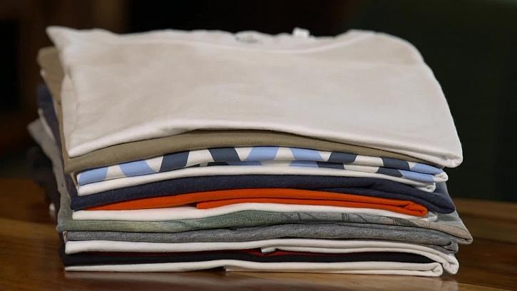 Jednoduchý trik na skládání kalhot a triček