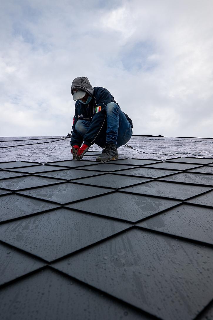 Pokládka střechy2