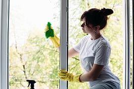 Jarní čištění oken nemusí být únavné