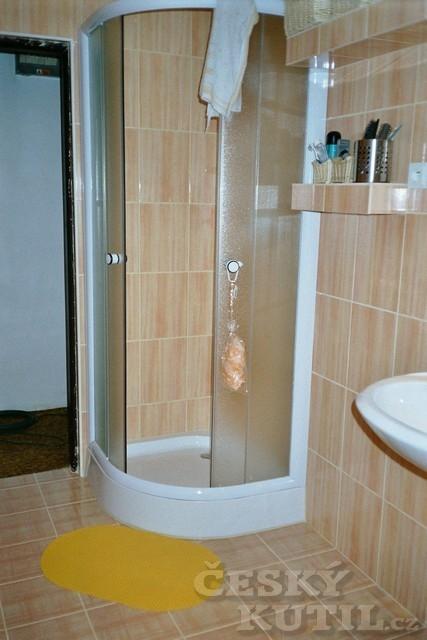 Rekonstrukce koupelny se sprchovým koutem