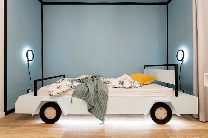 Autíčková postel