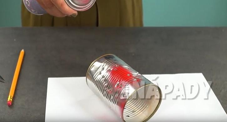 Lucerničky z plechovek: nastříkejte plechovky