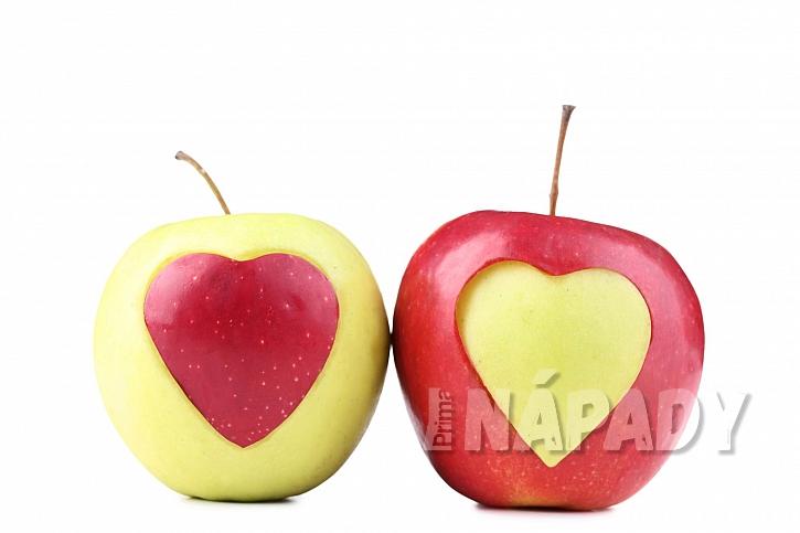 Jablka výřez ve tvaru srdce