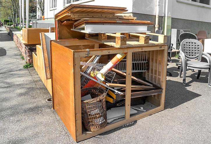 Neřešitelný problém má řešení. Kuchyňská skříňka opravit jde (Zdroj: Depositphotos)