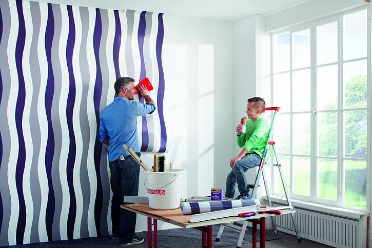 Existují nějaká pravidla pro kombinování tapety s malbou?
