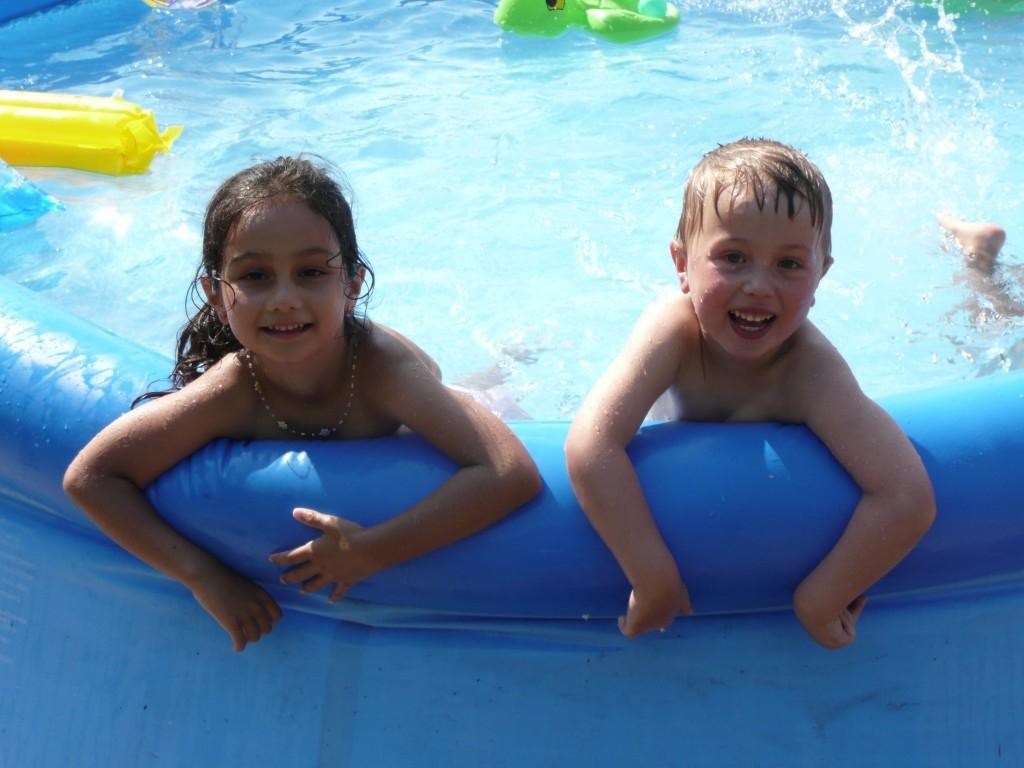 Nafukovací bazén jako dárek, proč ne?