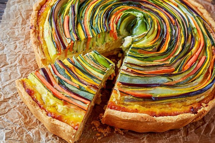 Zeleninový spirálový dort