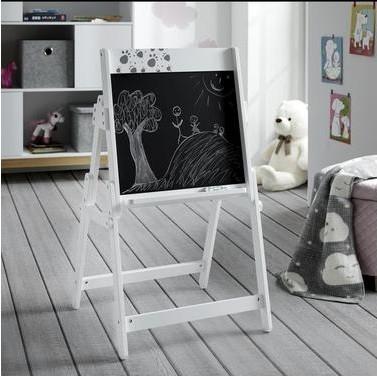 Kreslící tabule je skvělým doplňkem v každém dětském pokoji