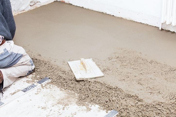 Oprava podlahy balkonu musí být mnohdy provedena od základů