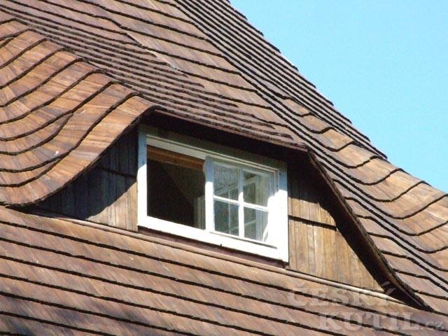 Střechy a střešní krytiny – 4. díl: Dřevěný šindel