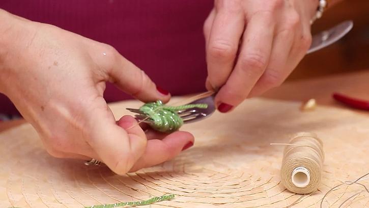Jak vyrobit originální bambulkové náušnice