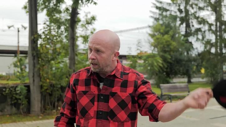 Karlozor, aneb v Tišicích se objevil Bruce Willis