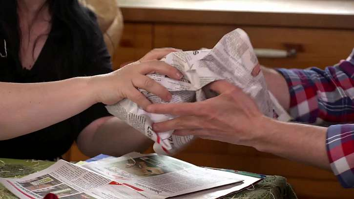 Mačkání novin