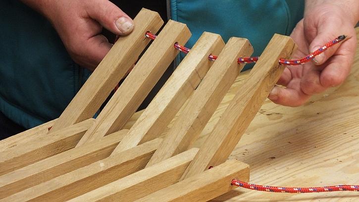 Dřevěná houpací síť: spojíme boční kratší díly