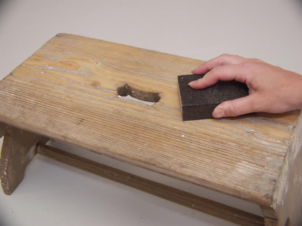 Jak správně postupovat při broušení dřeva?