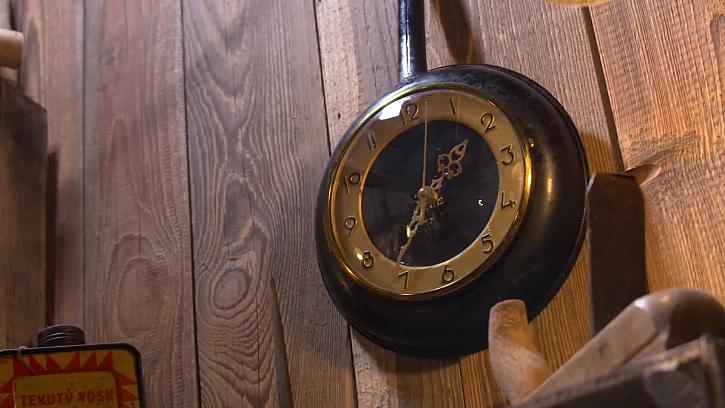 Jak zrenovovat staré hodiny