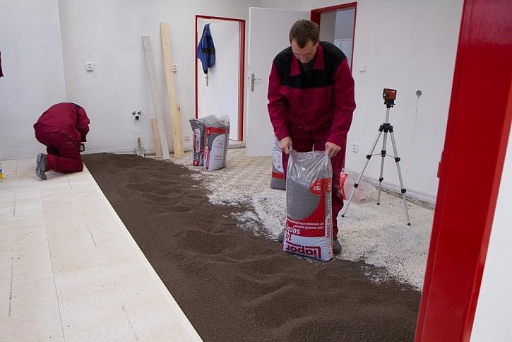 Suchá plovoucí podlaha nejrychlejší ve sprintu