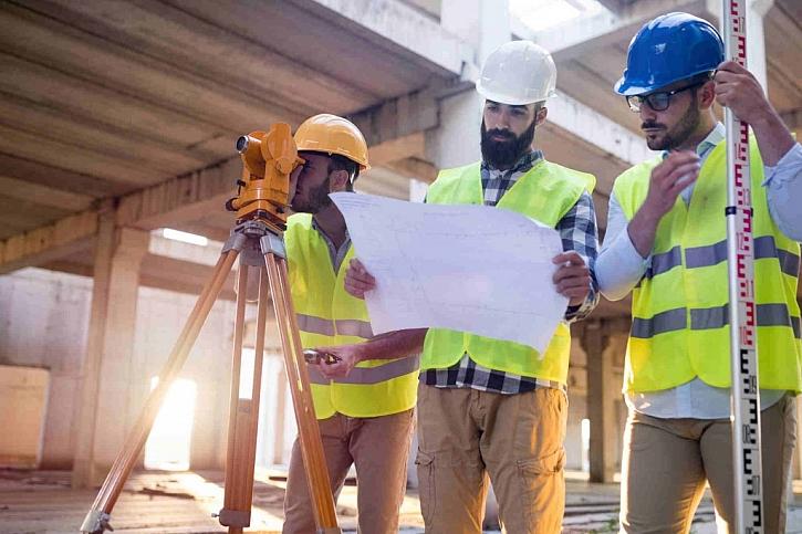 Stavební dozor musí pravidelně kontrolovat stav stavby