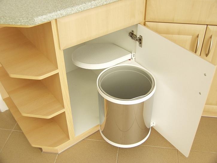 Par tipů na místa pro ukládání v kuchyni