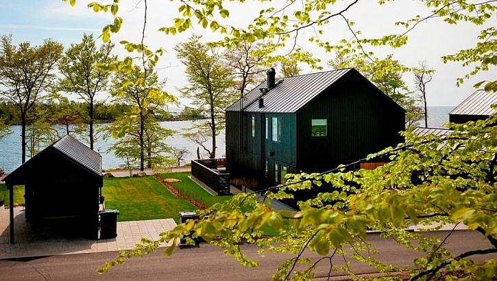 Nízkoenergetické dřevostavby s plechovou střechou a nejmodernější vzduchotechnikou od Lindabu
