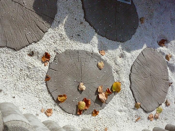 Nášlapné betonové kameny