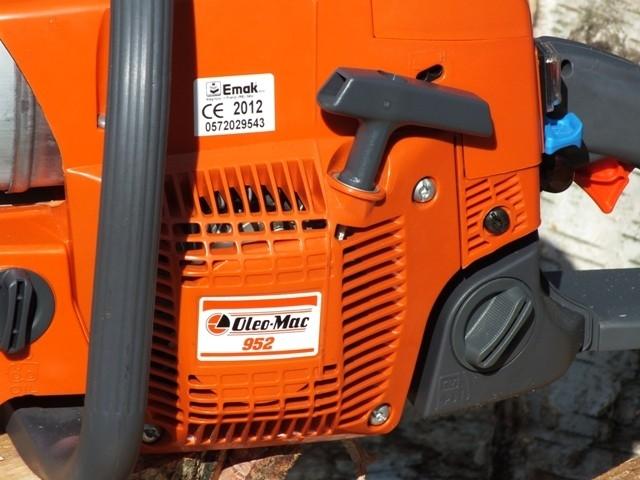 Pila Oleo-Mac 952 - pořádná farmářka