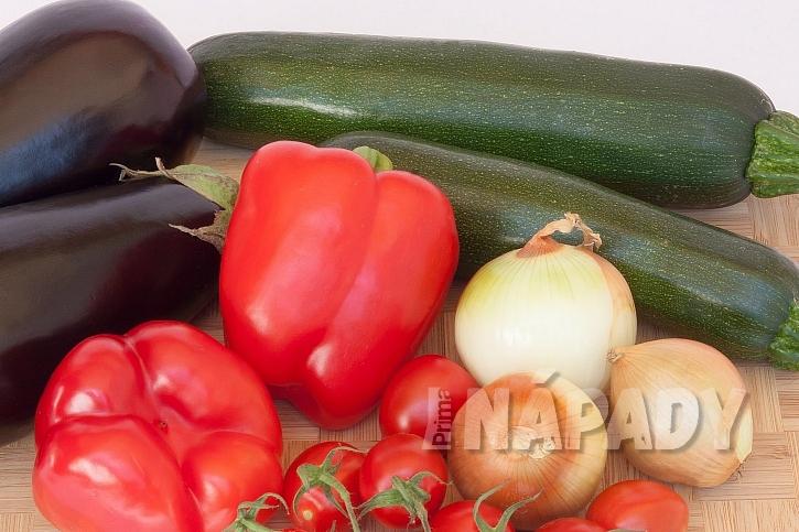 Ratatouille z cukety, lilku, papriky a rajčat: co budete potřebovat