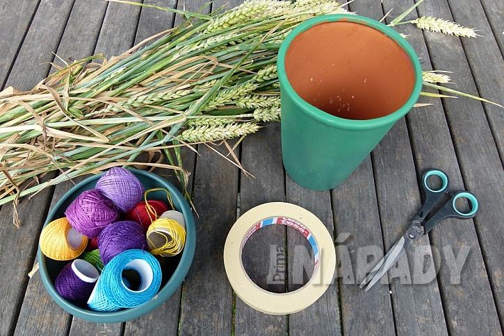 Jak vytvořit jednoduchou dekoraci z klásků: Dodejte barvy obilí! 2