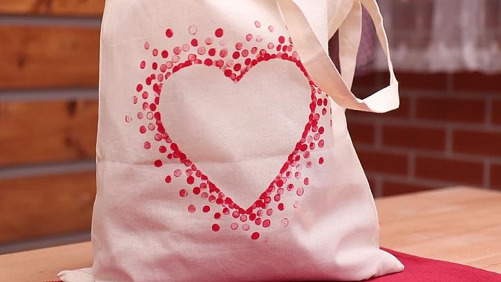 Návod na výrobu srdíčkové tašky pro maminku