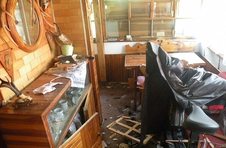 Při pojištění chalupy nezapomeňte kromě stavby pojistit také vybavení uvnitř. K tomu slouží pojištění domácnosti.