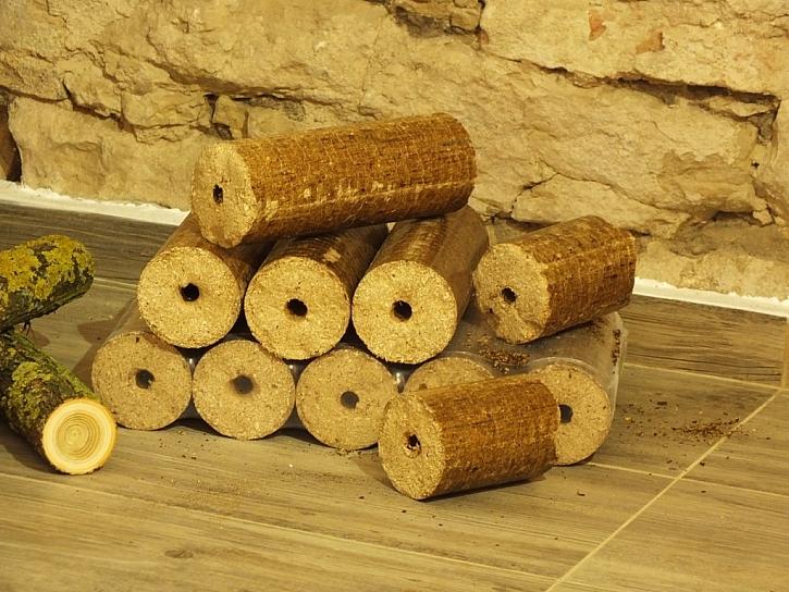 Krbová kamna Lascar vyhřejí a ozdobí chalupu i dům