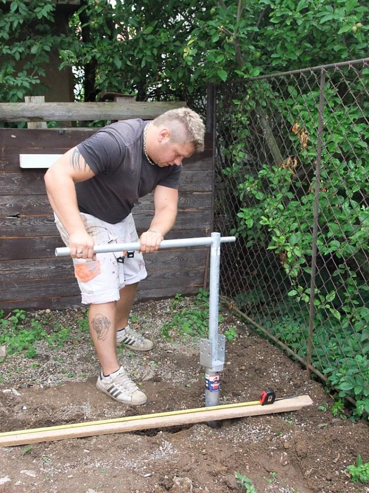 Sortiment zemních vrutů - stání na čtyřkolku nebo pergola za víkend
