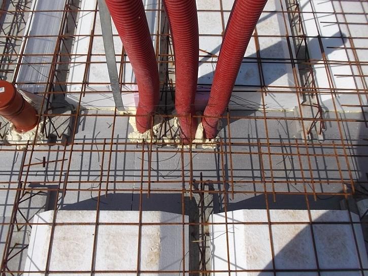 13) Přesné osazení prostupů pro inženýrské sítě