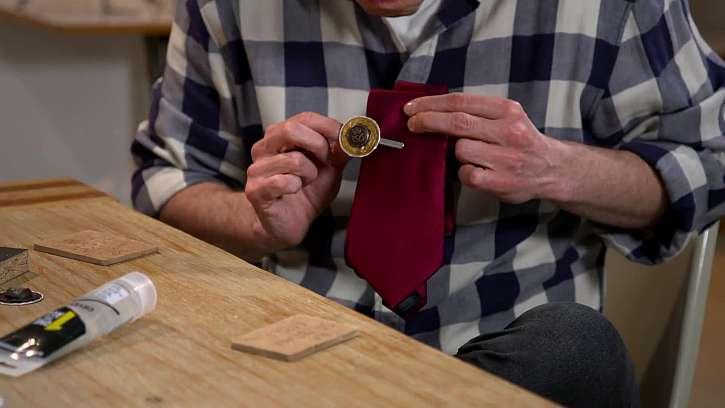 Ozdoba na kravatu