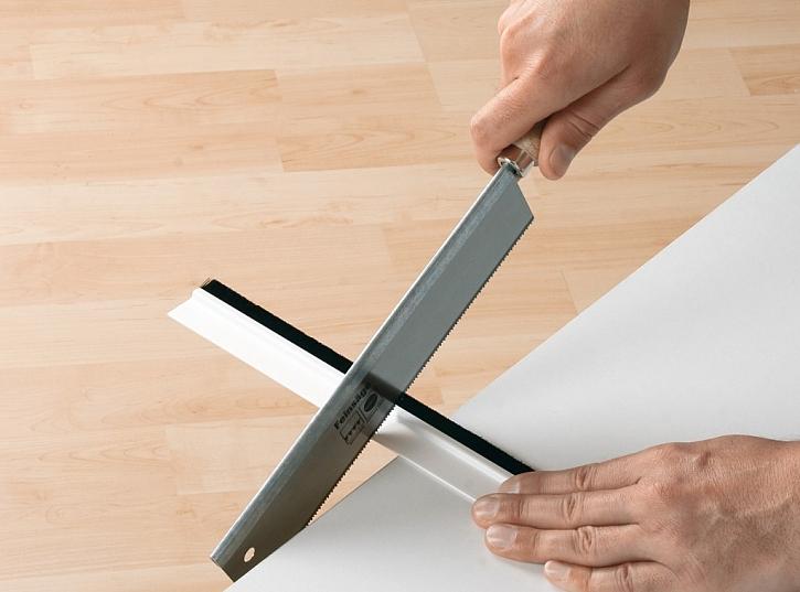 Jak připevnit kartáčovou lištu?