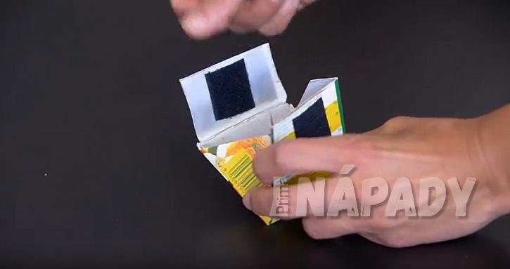 Peněženka na mince z kartonu: nalepte suchý zip