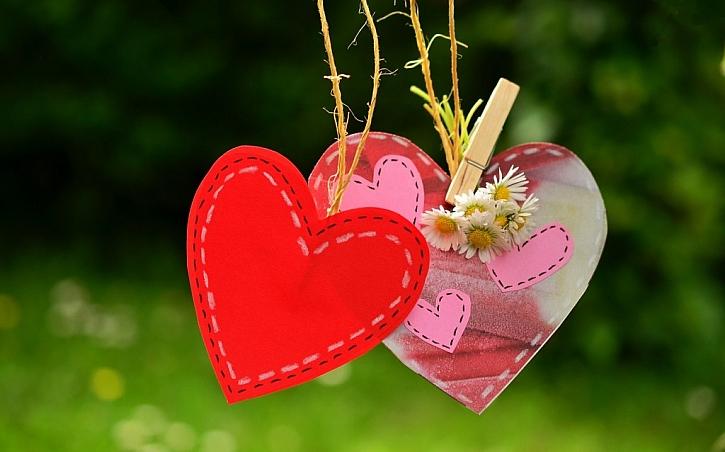 K Valentýnu vždy neodmyslitelně patřily básničky, přání a vyznání lásky
