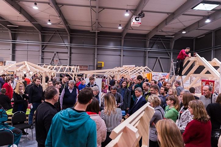 Veletrh STŘECHY PRAHA 2020 s Festivalem dřeva a nářadí