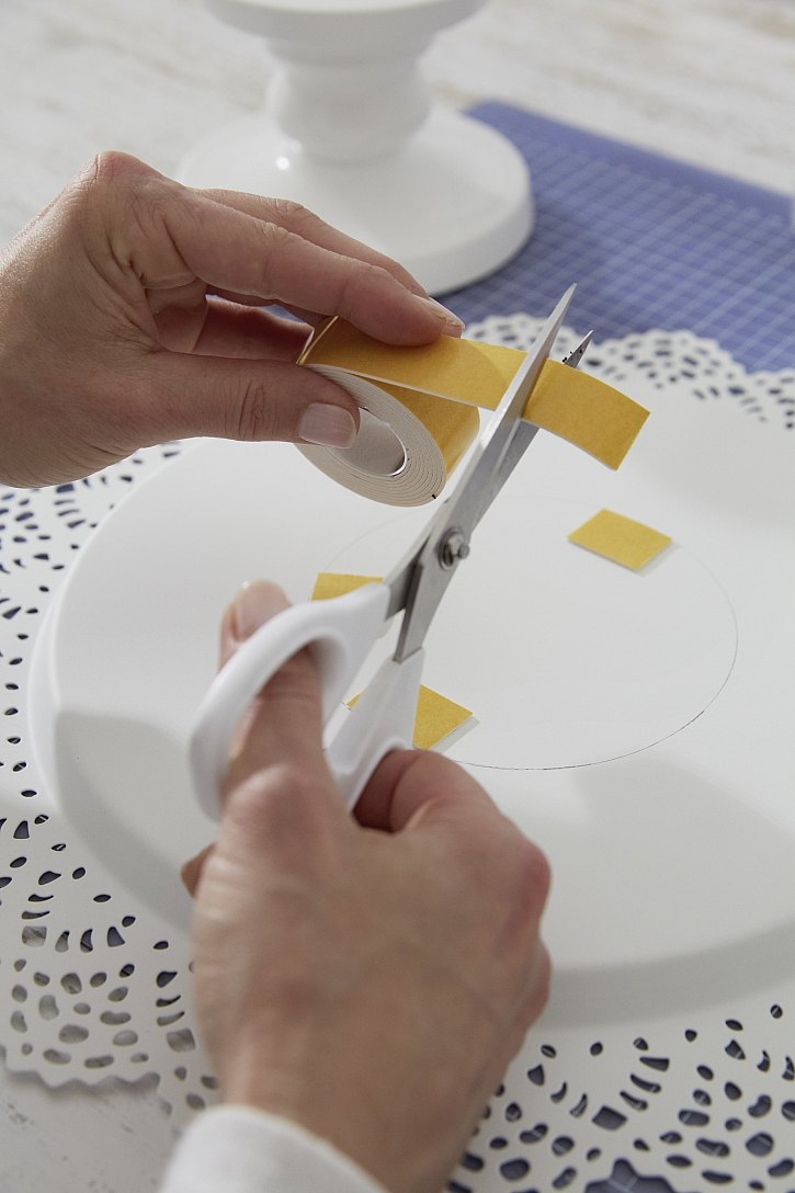 Stříhání pásky